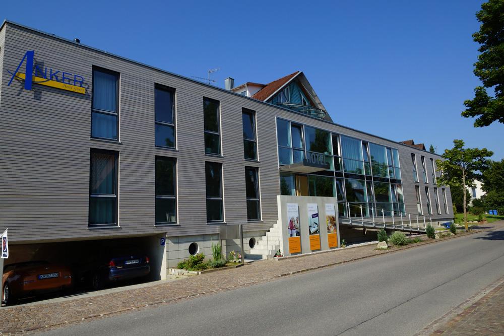 Hotel Anker Fassaden-Werbung