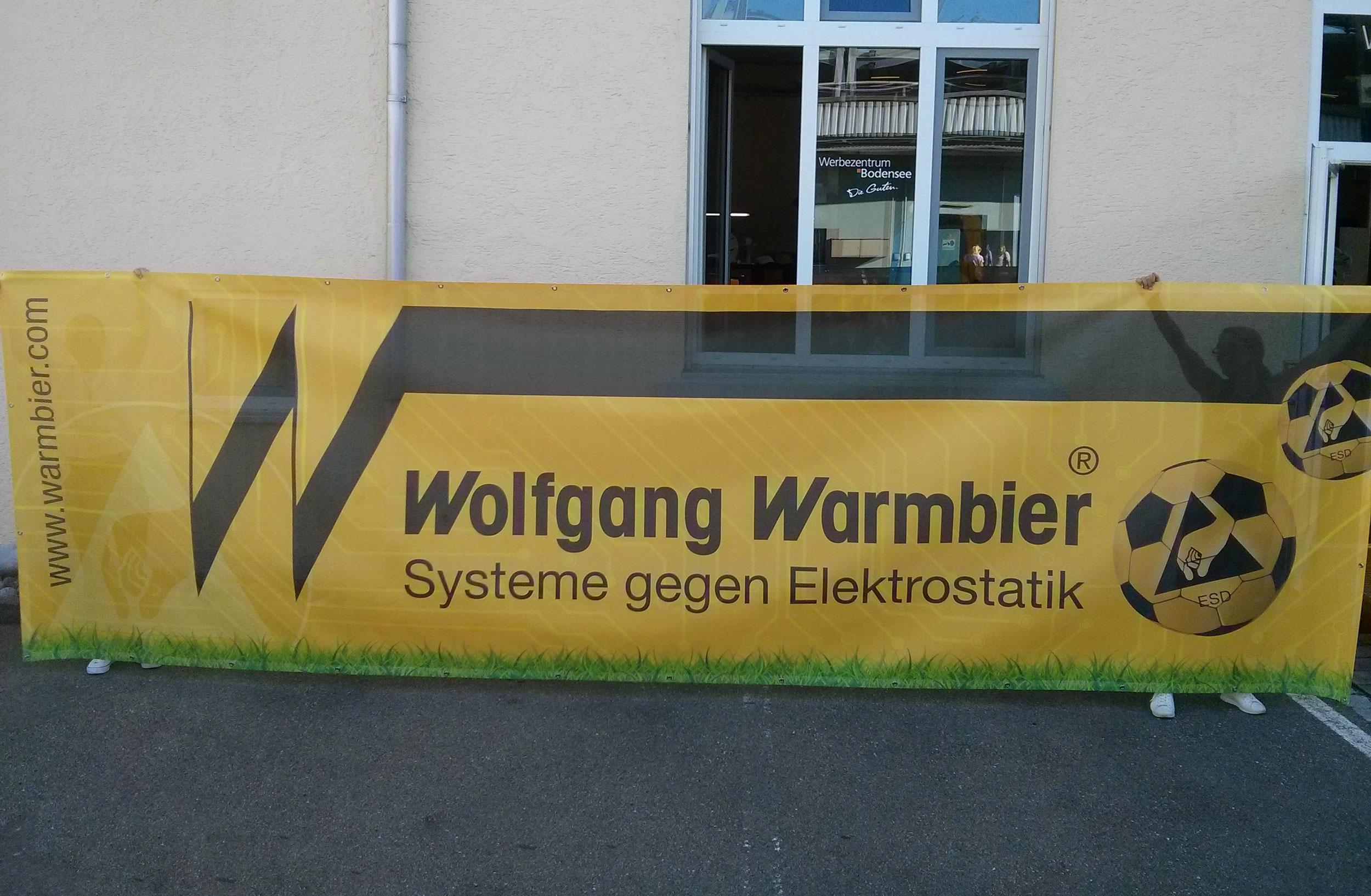 XXL-Mesh-Banner: Wolfgang Warmbier