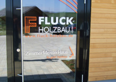 Fluck Türbeschriftung Außentüre