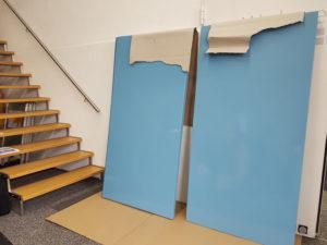 Schilder Pastellblau