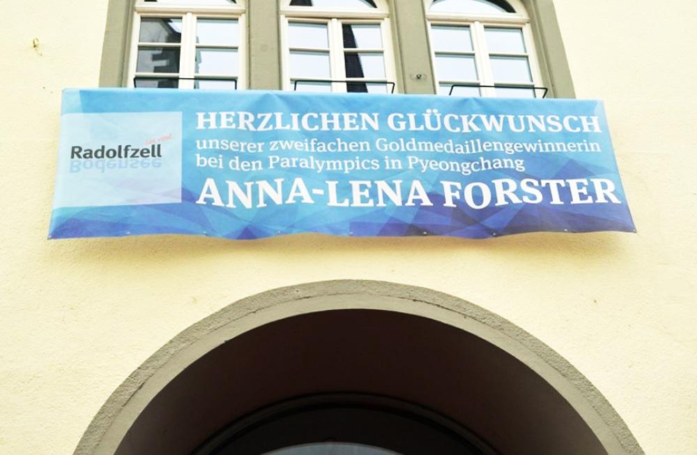 Banner, Anna-Lena, Mesh