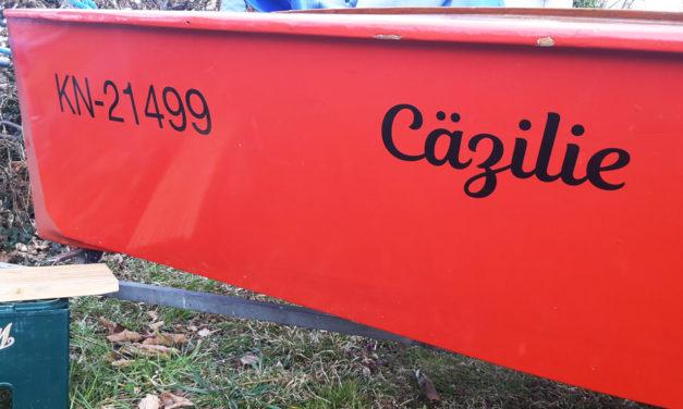 Bootsbeschriftung passend zum Saisonbeginn